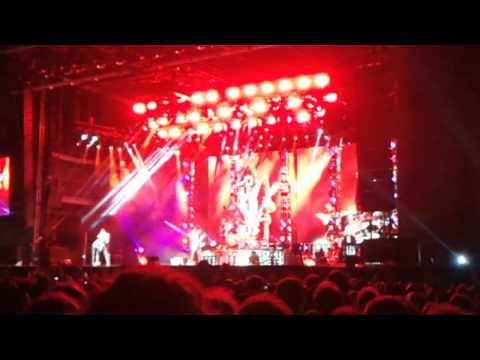 Kiss - calling doctor love Live @ GMM 2015