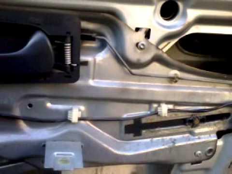 25 июл 2017. Не работает стеклоподъёмник с пассажирской стороны, не реагирует на нажатия с главного блока и кнопки двери пассажира.