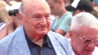 Одесский Международный Кинофестиваль 2018! Встречаем Михаила Жванецкого на Красной Дорожке! )