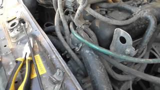 Как заменить термостат на газели 421 двигатель часть 1(В данном видео мы покажем как заменить термостат на газели с 421 двигателем. Подписка на мой канал http://www.youtube..., 2016-04-08T15:00:01.000Z)