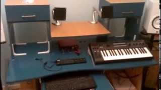 Buro Del Coco - Home Studio Monitoring Desk
