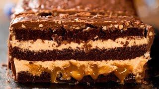 Шоколадный торт - гигантский Сникерс! | Appetitno.TV
