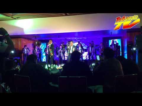 Banda Santo Domingo - La Patrona Del Sur - Con Todo Y Cuernos - LIVE
