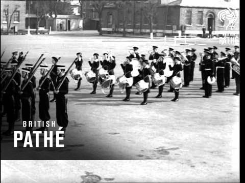 Fleet Air-Arm On Parade - Bands Etc (1939)