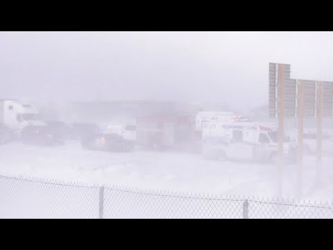 Whiteout conditions cause pileup on Highway 400 in Barrie, Ont.