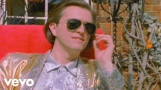 Watch Prefab Sprout King Of Rock n Roll video