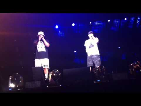 FRONT ROW - Eminem & Mr. Porter speaking LIVE THE MONSTER TOUR NYC