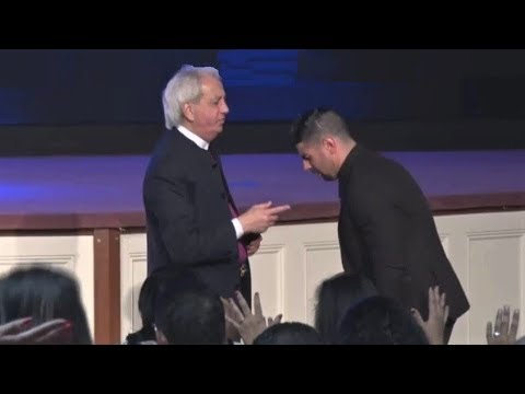 Benny Hinn - Strong Anointing in New Jersey