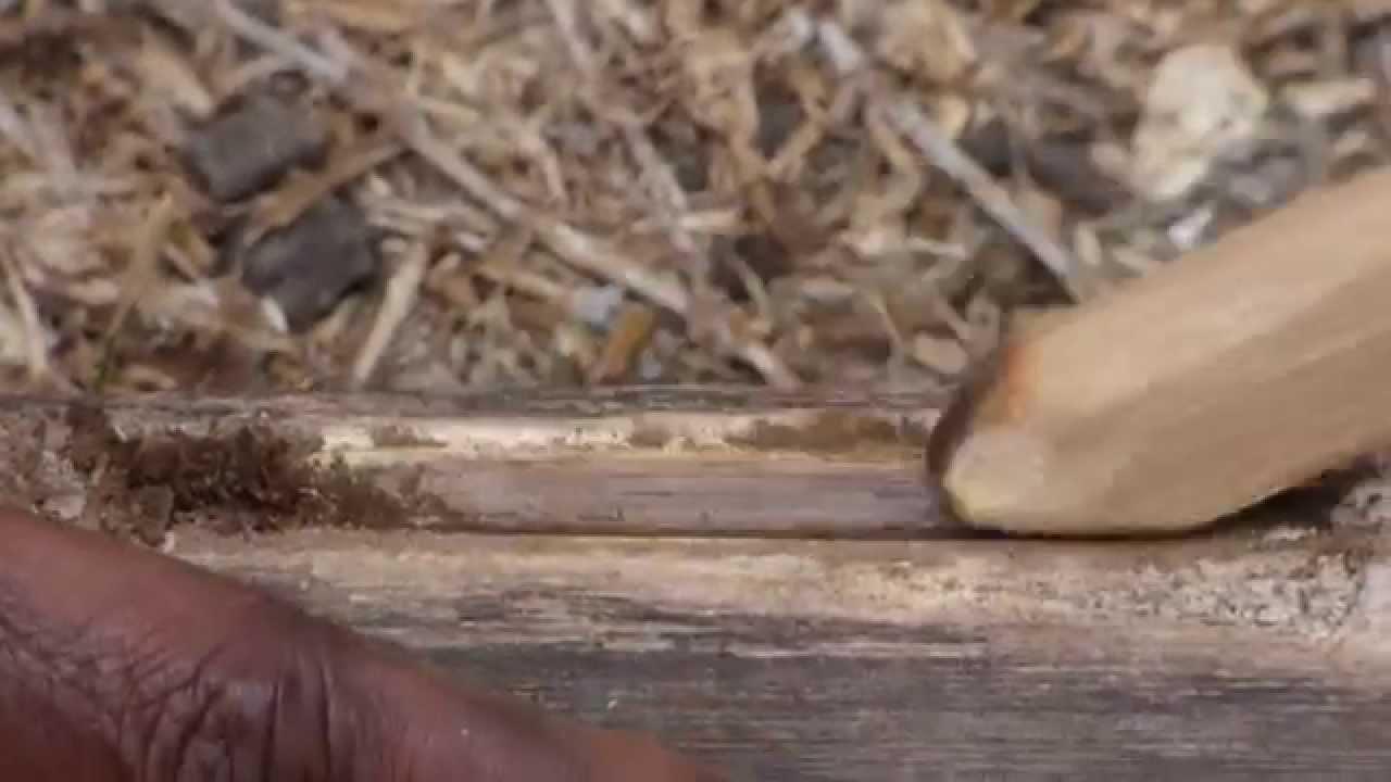Tutuba faire du feu avec du bois 1 youtube for Creer avec du bois