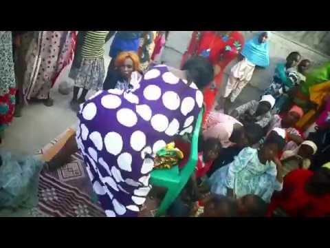 Mama Mkanye Mwanao Msingi Kiuno thumbnail