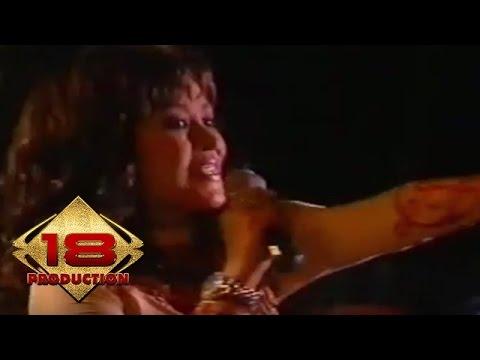 Maria Eva - Liku Liku  (Live Konser Tulungagung 28 Mei 2006)