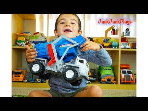 Matchbox Garbage Truck Surprise Toy UNBOXING: Playing Recycling with Legos