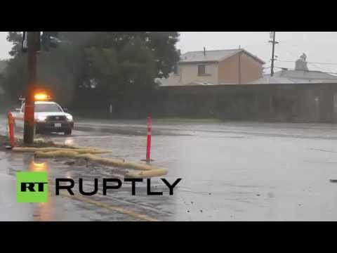 USA: 'Pineapple Express'-powered storm drenches Bay Area