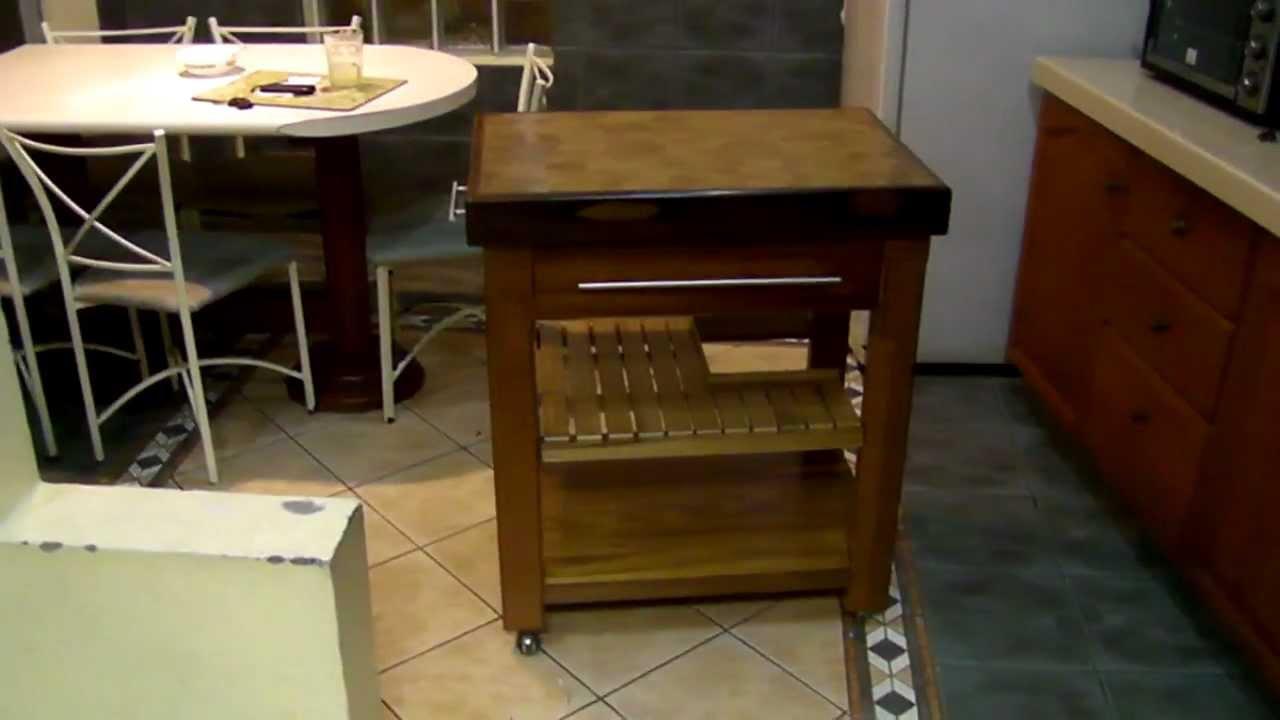 P2070569 mp4 mesa isla para cocina con tablero de hebra for Mesas para cocinas estrechas