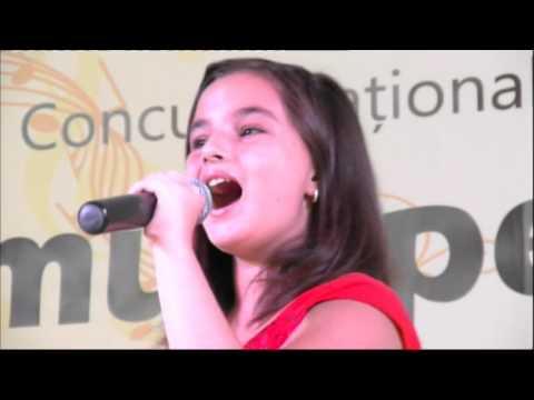 Rianna Rusu - Flashlight