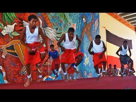 Torres Strait Islander dancing, 2014 (2)