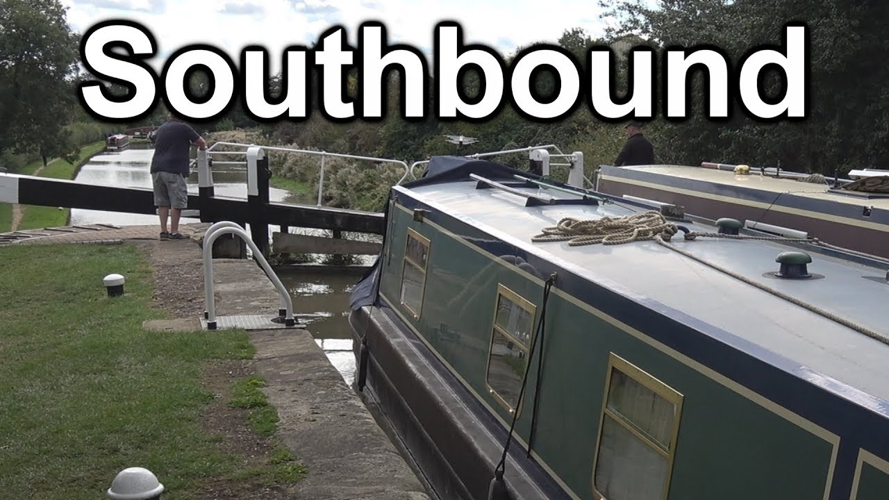 Download 140. Narrowboat cruise from Norton Junction to Weedon on the Grand Union Canal