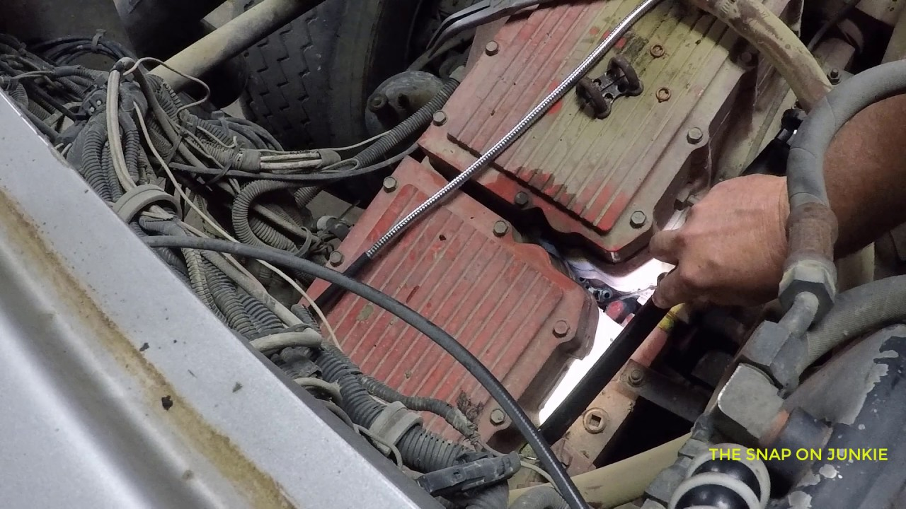CUMMINS N14 HACK FUEL LEAK JUMPER LINES BY THE JUNKIE