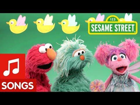 Sesame Street: 5 Little Fairy Ducks | Elmo's Sing-Along