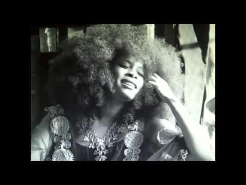 Erykah Badu Sings Billie Holidays Aint Nobodys Business If I Do