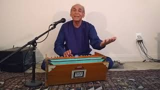 Az ghamat ay nazanin -Ahmad Zahir performed by Wali Raoufi
