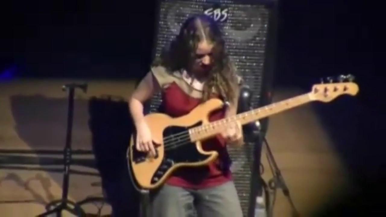 Tal Wilkenfeld   2007~Solo Bass Osaka Japan 2009