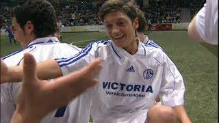 Mesut, 17 – eine Zeitreise mit Mesut Özil | FC Arsenal | Real Madrid