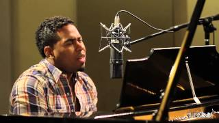 "Bobby V Performs Acoustic Cover of ""Lady"" by D"