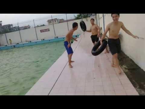 hiếp dâm kinh hoàng tại bể bơi :))