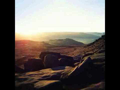 Autistici - Mam Tor Soarers' Workshop - Beneath Peaks (Hibernate, 2012)