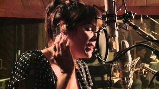 "Beth Hart - ""Tell 'Em To Hold On"" - Session Highlight album Better Than Home"