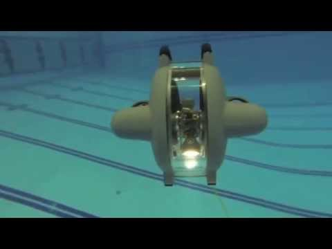 Remote Underwater Video Camera - DTG2 ROV in Pool - Deep Trekker