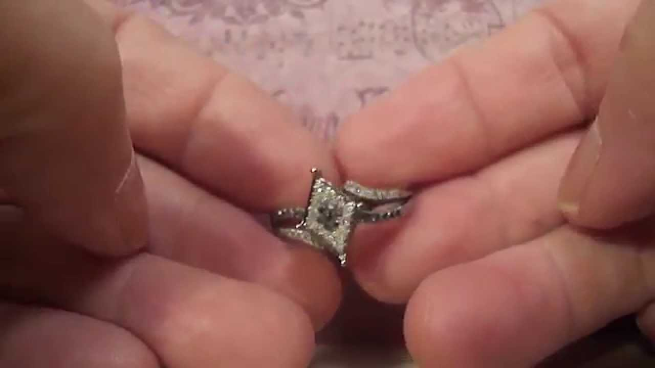 Black & White Diamond 10K Gold Ring - Size 7 - YouTube