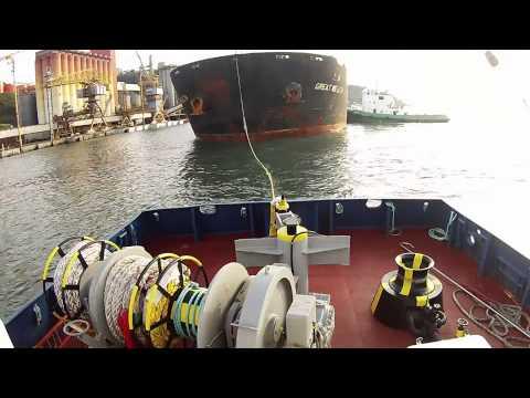 (Rebonave) tug Poseidon Atracação do M/V Great Wealth