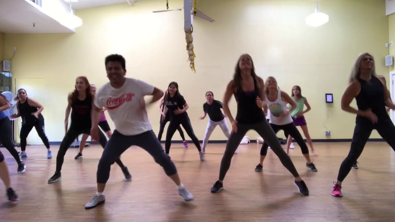 """BUZZOFIT"" Dance Workout"