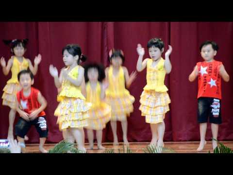 Hampton Pre-school Concert 2012 - Chinese Dance