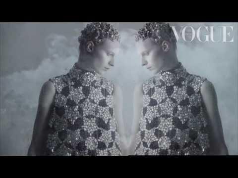 "GIOVANNA BATTAGLIA ENGELBERT | Vogue Japan – ""Tales of Magic and Innocence"""