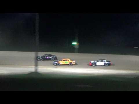 13. Street Stock Heat Race #3 at Crystal Motor Speedway, 04-15-17