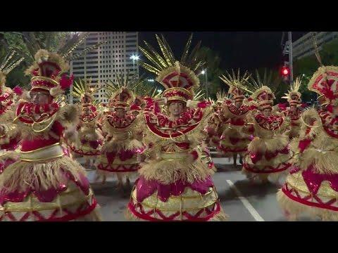 A segunda noite de desfiles na Sapucaí