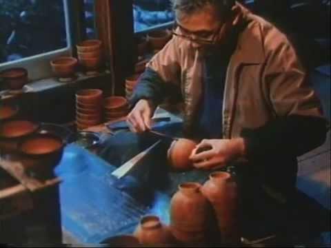 01   Making art   18   Bone, flesh, skin  The making of Japanese lacquer