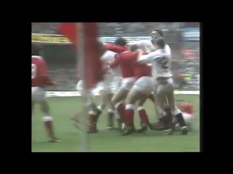 Wade Dooley breaks Phil Davies