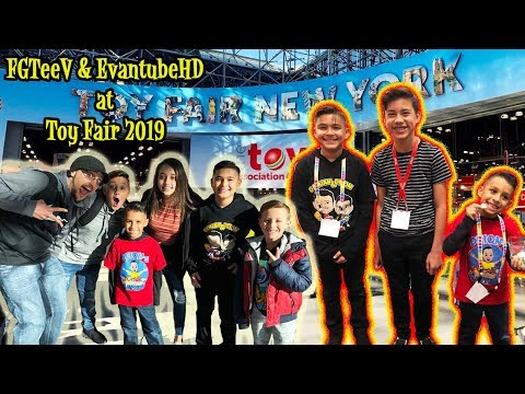 FGTeeV and EvanTubeHD at TOY FAIR 2019 | DAY 1 | D&D SQUAD