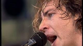 Pearl Jam - Eddie talking and Light Years (Pinkpop 2000)