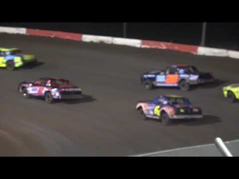 Beatrice Speedway Hobby Stock Feature 6/30/2017