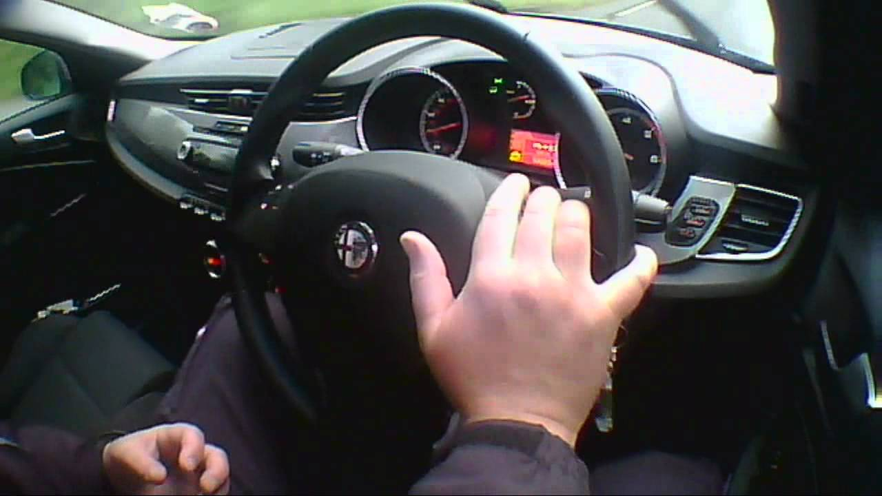 Alfa Romeo Giulietta >> Alfa Romeo Giulietta 1.6 Diesel 2011 Review/Road Test/Test Drive - YouTube