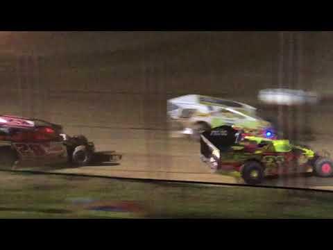 Ryan Krachun #29 Big Diamond Dirt Modified Feature 06-08-18