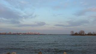 ~VLOG / ВЛОГ ~ День в жизни в Торонто ~ Готовлю Фриттата, Сюрприз маме и прогулка по Озеру Онтарио