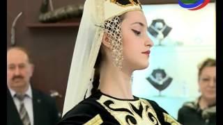 В Махачкале открылась выставка-ярмарка дагестанских украшений из серебра