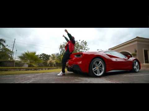 Quimico Ultra Mega -  Millones (Video Official)