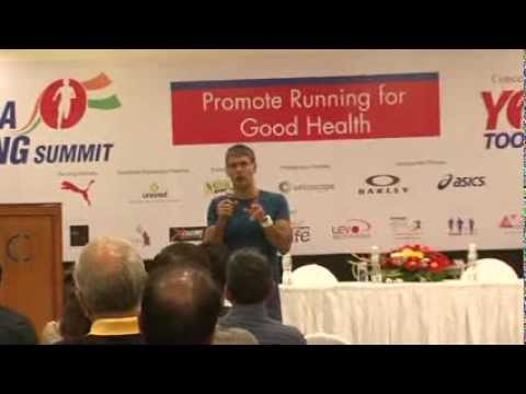 3  Milind Soman   Transition to Barefoot Running   The India Running Summit   2014